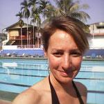 Längen Schwimmen im einzigen 25m-Pool im Land
