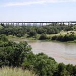 Alte Eisenbahnbrücke über dem Niobrara River