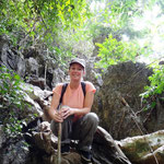 Steinige Kletterpartien inklusive