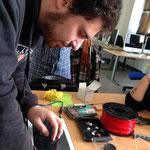 Luca ha costruito una stampante 3D con l'aiuto del suo prof. di Laboratorio Gianmario Fadda