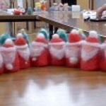 クリスマスシーズンに大人気のサンタとツリーの指人形