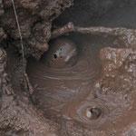 Schlammtopf im Geothermalgebiet des Telica, Nicaragua.