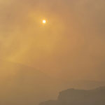 Die Sonne durch die Gasschleppe gesehen, ohne Gasmaske hält man es hier nicht aus.