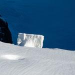 Eisblock vom Guggisgletscher gesehen von der Sphinx (Jungfraujoch)