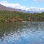 青木湖と白馬三山