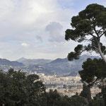 岩山の頂上まで登りニースの街を見下ろす④