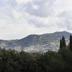 岩山の頂上まで登りニースの街を見下ろす③