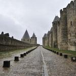 カルカッソンヌ城壁、城壁が二重になっている