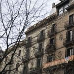 独立の願いを込めたバルセロナの旗