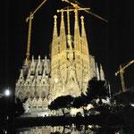 サグラダ・ファミリア(聖家族教会)夜景