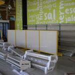 estantes para tiendas, góndolas para abarrotes, góndolas metálicas, anaqueles metálicos, muebles metálicos para negocio, estantes metálicos, postes metálicos