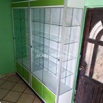 Aparadores, vitrinas, vitrinas aparadoras, vitrinas a pared, vitrinas de cristal