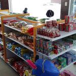 Góndolas para dulcerías