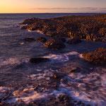 Wellengang bei Sonnenuntergang