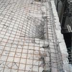 Veduta dell'armatura di consolidamento della volta, predisposta per il getto in calcestruzzo (foto durante i lavori di consolidamento).