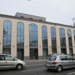Prospetto principale dell'edificio direzionale in via Vicenza a Padova
