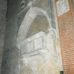 Monumento funerario di Diamante Dotto, moglie di Paolo Dotto, situata all'interno della Cappella Dotto.