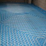 Installazione durante i lavori del riscaldamento a pavimento