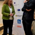 MEP Dr. Monika Vana mit Dietmar Pichler im Haus der Europäischen Union