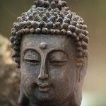 Buddhistische Gebetsketten selber machen im Atelier SilberGlanz.