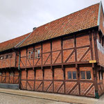 sehr ordentlich erhaltene Häuser