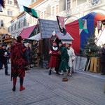 auf dem mittelalterlichen Markt ...