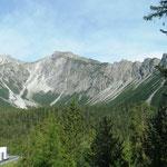 Wir fahren entspannt durch die Dolomiten...