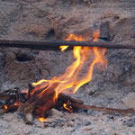 bei 30 Grad Feuerchen gemacht ...