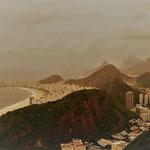 """Blick auf den kilometerlangen Stadtstrand """"Copacabana"""""""
