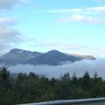 die Berge hengen in den Wolken