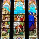 unten war noch eine Kapelle mit sehr schönen Glasfenstern. Uns hat die Kirche absolut beeindruckt!