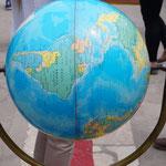 so verläuft der Äquator hier in Ecuador