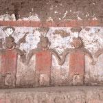 Wandmalereien auf dem Hauptportal