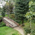 Puente de la Custodia. Nur über diese Brücke war es den Priestern erlaubt, ihren Segen in die Elendsviertel zu bringen.