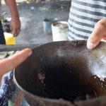 das ist Zuckerrohrsaft - gekocht - lecker