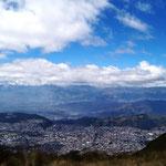 Quito zu Füßen