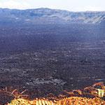 ein riesen Vulkan-Krater