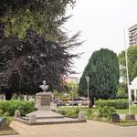 und wieder ein Plaza del Amaz