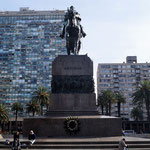 Statue des Nationalhelden  José Gervasio Artigas