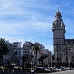 Plaza Intependencia - heute bei Tage und Sonnenschein