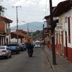 eine kleinere Strasse in Patzcuaro