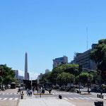 breite Strassen - hinten der Obelisk