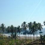 unterwegs immer wieder Ausblicke auf den Pazifik