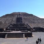 Piramide del Sol (Sonnenpyramide) ...
