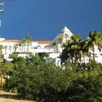 riesige Hotelanlagen, aber sehr schöne mitunter.