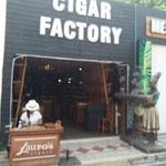 Zigarren werden hier überall angeboten.