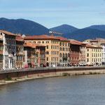den Arno - kennen wir schon aus Florenz