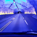 24,5 km Tunnel mit etwas Aufmunterung