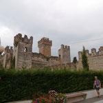 Schloss (es war ein Mal)