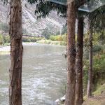 unterwegs - am Fluss eintlang